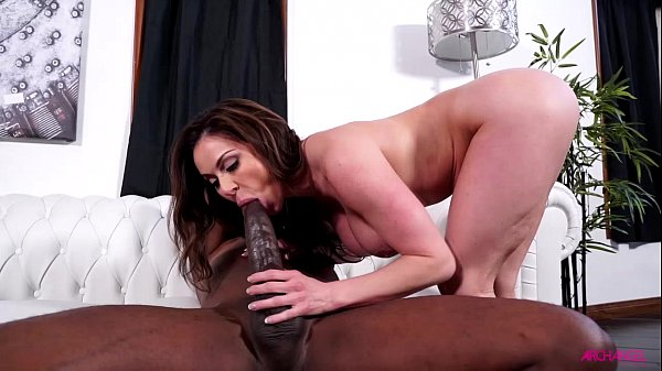Coroa corajosa trepando com ator pornô da vara gigante